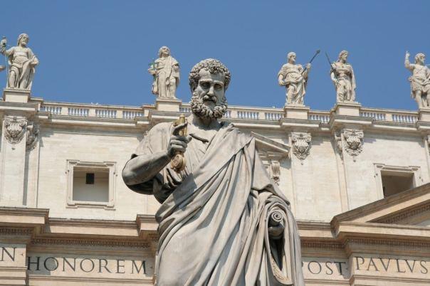 St_-Peter-statue